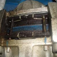 Stark verölt mechanisch/hydraulische Rotorbremse